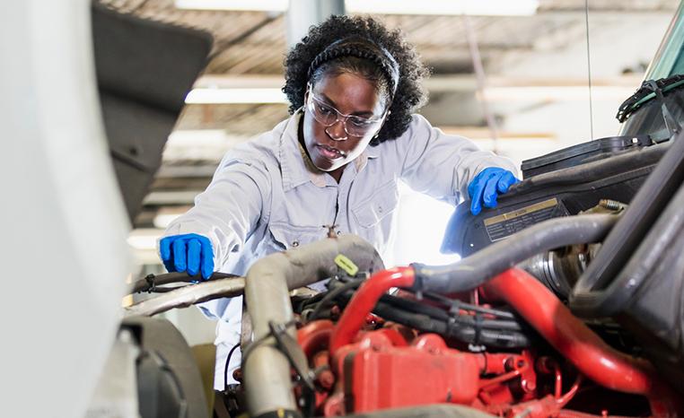 woman-technician-762x466